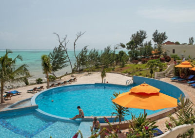 moja-tuu-zanzibar-pool-beach