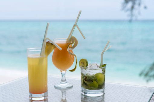 zanzibar-Nungwi-Dreams-drinks-ocean-view