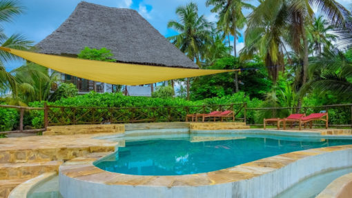 panga-chumvi-hotel-pool-resort